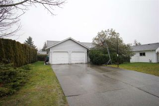 Photo 2: 1936 159A Street in Surrey: King George Corridor House for sale (South Surrey White Rock)  : MLS®# R2432938