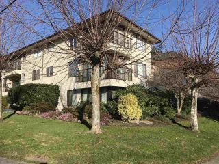 """Photo 2: 103 15317 THRIFT Avenue: White Rock Condo for sale in """"The Nottingham"""" (South Surrey White Rock)  : MLS®# R2336892"""