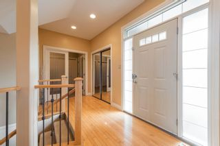 Photo 3: 908 THOMPSON Place in Edmonton: Zone 14 House for sale : MLS®# E4259671