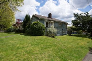 Photo 3: 3504 Turner Street in Vancouver: Home for sale : MLS®# V1064126
