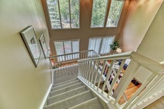 Photo 3: 112 Pump Hill Green SW in Calgary: Pump Hill Detached for sale : MLS®# A1121868