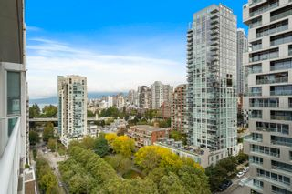 """Photo 7: 1810 1500 HOWE Street in Vancouver: Yaletown Condo for sale in """"The Discovery"""" (Vancouver West)  : MLS®# R2619778"""