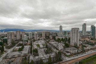 """Photo 15: 27F 6128 PATTERSON Avenue in Burnaby: Metrotown Condo for sale in """"GRAND CENTRAL PARK PLACE"""" (Burnaby South)  : MLS®# R2250291"""