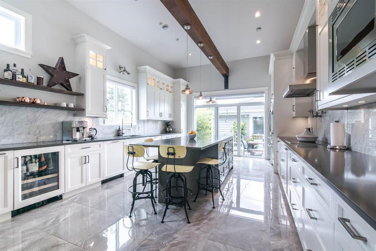 Main Photo: 3888 DUBOIS STREET in Burnaby: Suncrest House for sale (Burnaby South)  : MLS®# R2407811