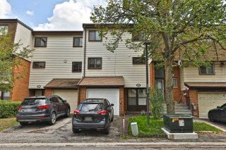 Photo 1: 204 180 Mississauga Valley Boulevard in Mississauga: Mississauga Valleys Condo for sale : MLS®# W4542516