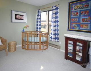 """Photo 10: 1 1266 W 6TH Avenue in Vancouver: Fairview VW Townhouse for sale in """"CAMDEN COURT"""" (Vancouver West)  : MLS®# V704560"""