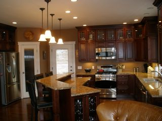 Photo 2: 1933 Galore Crescent in Kamloops: Juniper West House for sale : MLS®# 108366