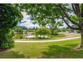 """Photo 39: 118 6109 W BOUNDARY Drive in Surrey: Panorama Ridge Townhouse for sale in """"LAKEWOOD GARDENS"""" : MLS®# R2625696"""