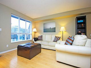 """Photo 5: 26 288 ST DAVIDS Avenue in North Vancouver: Lower Lonsdale Townhouse for sale in """"ST DAVID'S LANDING"""" : MLS®# V1041759"""