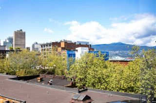 """Photo 17: 505 28 POWELL Street in Vancouver: Downtown VE Condo for sale in """"POWELL LANE"""" (Vancouver East)  : MLS®# R2577298"""