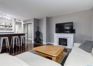 Photo 10: 701 300 MEREDITH Road NE in Calgary: Crescent Heights Apartment for sale : MLS®# A1083001