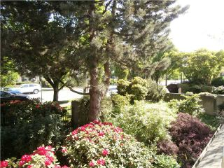"""Photo 11: 206 7520 COLUMBIA Street in Vancouver: Marpole Condo for sale in """"THE SPRINGS AT LANGARA"""" (Vancouver West)  : MLS®# V1064239"""