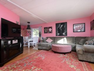 Photo 2: 3 2607 Selwyn Rd in : La Mill Hill Manufactured Home for sale (Langford)  : MLS®# 864426