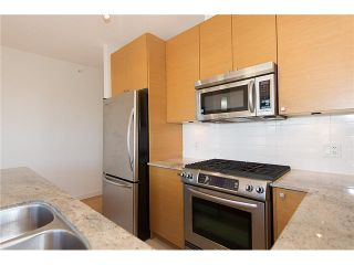 Photo 7: # 2204 400 CAPILANO RD in Port Moody: Port Moody Centre Condo for sale : MLS®# V1029024