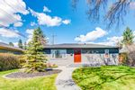 Main Photo: 4508 41 Avenue SW in Calgary: Glamorgan Detached for sale : MLS®# A1108832