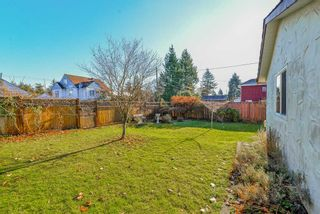 Photo 15: 9498 127A Street in Surrey: Queen Mary Park Surrey House for sale : MLS®# R2233780