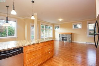 Photo 12: 17 1880 Laval Ave in VICTORIA: SE Gordon Head Row/Townhouse for sale (Saanich East)  : MLS®# 826384