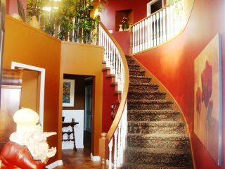 Photo 4: 867 Stayte Rd in White Rock: Home for sale