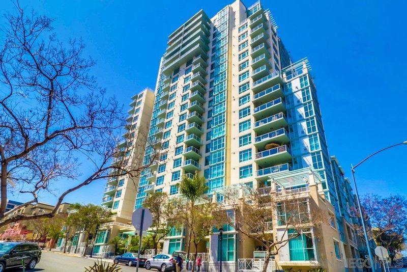 FEATURED LISTING: 1504 - 850 Beech St San Diego