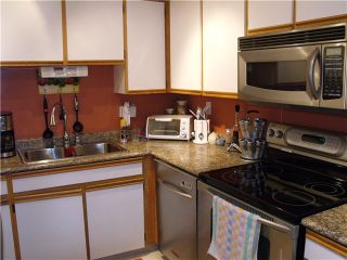 "Photo 5: 228 1220 FALCON Drive in Coquitlam: Upper Eagle Ridge Townhouse for sale in ""EAGLE RIDGE TERRACE"" : MLS®# V957080"