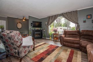 Photo 2: 1083 CEDAR Street in Smithers: Smithers - Town House for sale (Smithers And Area (Zone 54))  : MLS®# R2607562