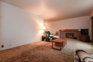 Photo 2: 5611 COLLEGE Street in Vancouver: Collingwood VE House for sale (Vancouver East)  : MLS®# R2236427