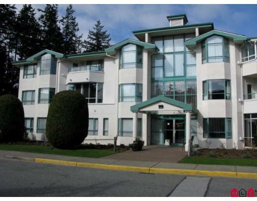 """Main Photo: 201 1569 EVERALL Street in White_Rock: White Rock Condo for sale in """"SEAWYND MANOR"""" (South Surrey White Rock)  : MLS®# F2908098"""