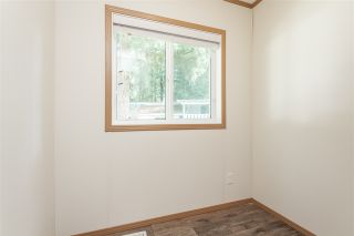 """Photo 15: 34 20071 24 Avenue in Langley: Brookswood Langley Manufactured Home for sale in """"Fernridge Park"""" : MLS®# R2484697"""