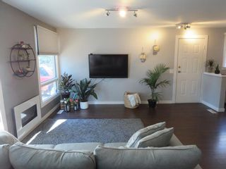 Photo 2: 84 Meadow Gate Drive in Winnipeg: Lakeside Meadows Residential for sale (3K)  : MLS®# 202118583