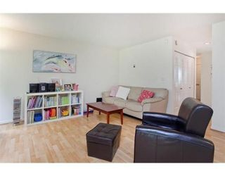 Photo 6: 8 888 W 16TH Street in North Vancouver: Hamilton Townhouse for sale : MLS®# V973821