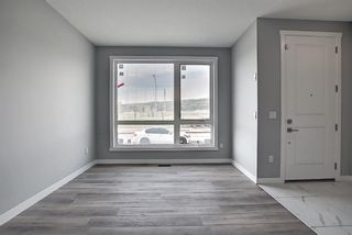 Photo 3: 7136 34 Avenue NW in Calgary: Bowness Detached for sale : MLS®# A1119333