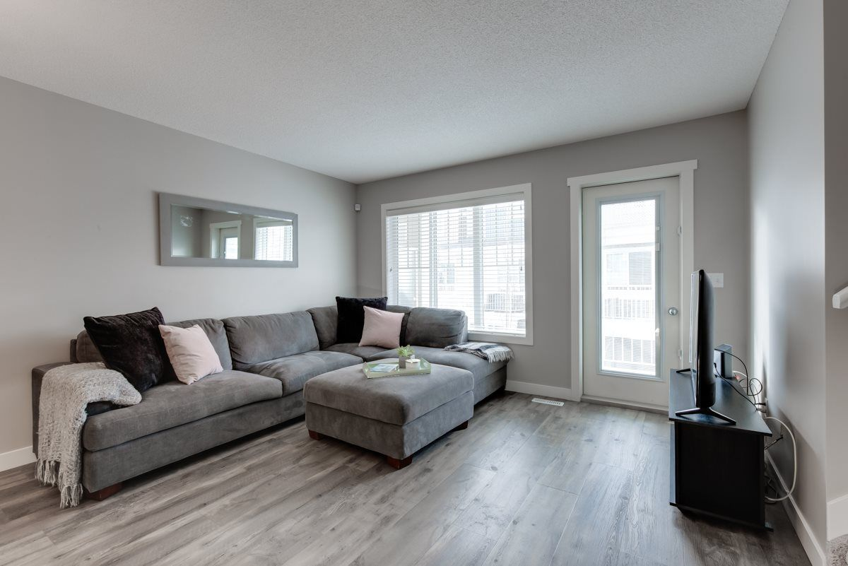 Main Photo: 103 17832 78 Street NW in Edmonton: Zone 28 Townhouse for sale : MLS®# E4230549
