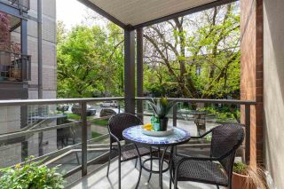 """Photo 27: 202 2181 W 12TH Avenue in Vancouver: Kitsilano Condo for sale in """"The Carlings"""" (Vancouver West)  : MLS®# R2579636"""