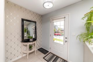 Photo 2: 3430 CUTLER Crescent in Edmonton: Zone 55 House for sale : MLS®# E4264146