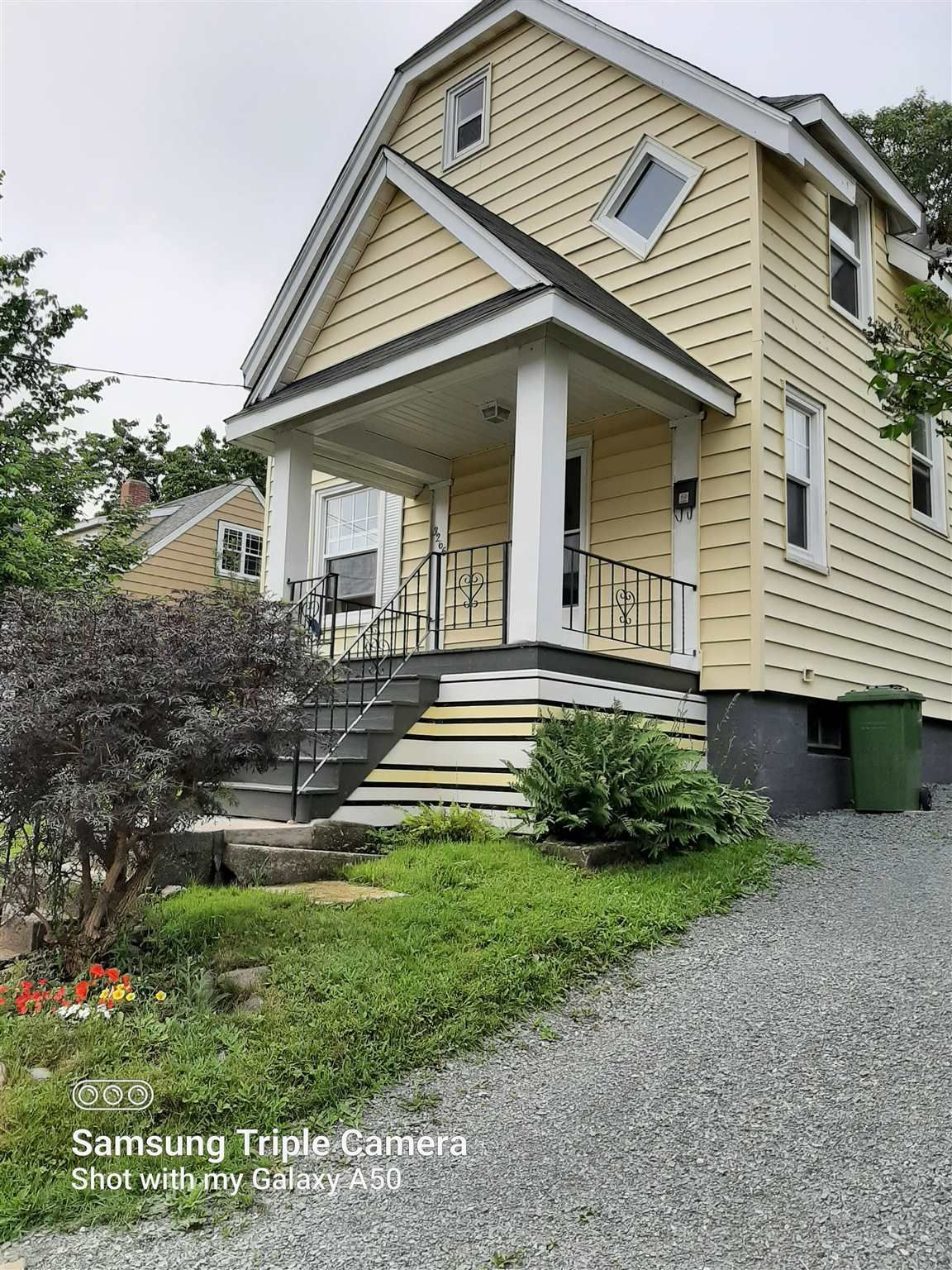 Main Photo: 3266 Veith Street in North End: 3-Halifax North Residential for sale (Halifax-Dartmouth)  : MLS®# 202115775