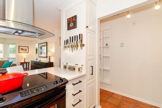 "Photo 10: 101 123 E 6TH Street in North Vancouver: Lower Lonsdale Condo for sale in ""HARBOURGATE"" : MLS®# R2364777"