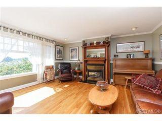 Photo 3: 1190 Waterlily Lane in VICTORIA: La Glen Lake House for sale (Langford)  : MLS®# 704376