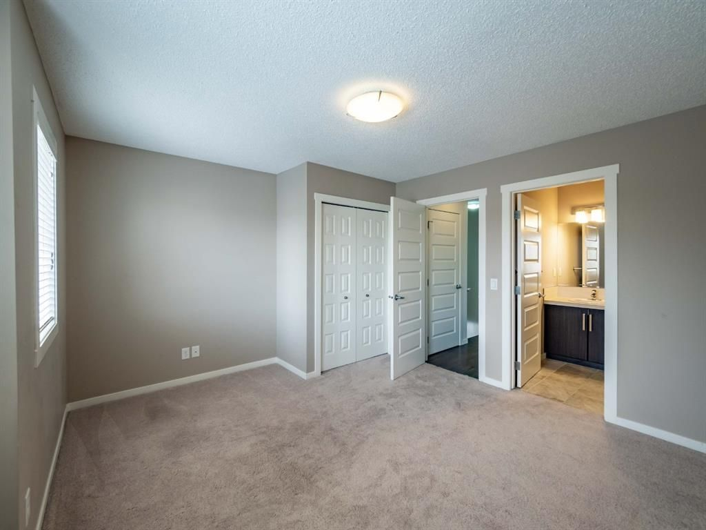 Photo 16: Photos: 544 Mckenzie Towne Close SE in Calgary: McKenzie Towne Row/Townhouse for sale : MLS®# A1128660