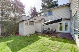 """Photo 15: 6256 W GREENSIDE Drive in Surrey: Cloverdale BC Townhouse for sale in """"GREENSIDE ESTATES"""" (Cloverdale)  : MLS®# R2561874"""