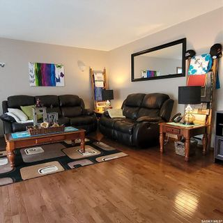 Photo 4: 605 Y Avenue North in Saskatoon: Mount Royal SA Residential for sale : MLS®# SK867199