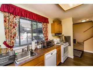 """Photo 6: 823 OLD LILLOOET Road in North Vancouver: Lynnmour Townhouse for sale in """"LYNNMOUR VILLAGE"""" : MLS®# R2111027"""