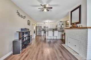 """Photo 5: 10 18960 ADVENT Road in Pitt Meadows: Central Meadows Townhouse for sale in """"MEADOWLAND VILLAGE"""" : MLS®# R2545154"""