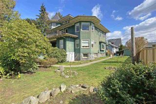 """Photo 2: 2812 YUKON Street in Vancouver: Mount Pleasant VW House for sale in """"Yukon Mansion"""" (Vancouver West)  : MLS®# R2559354"""