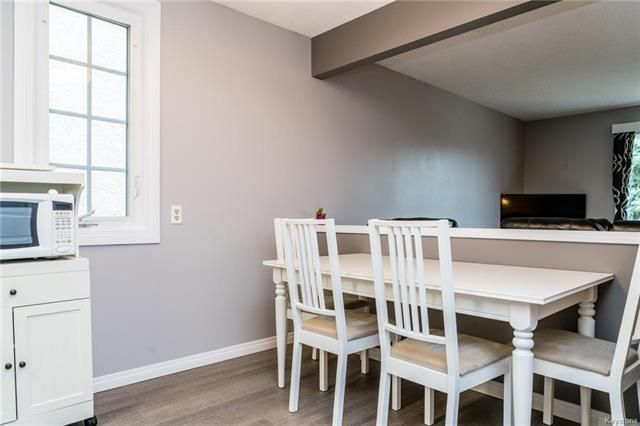 Photo 4: Photos: 6 Leston Place in Winnipeg: Residential for sale (2E)  : MLS®# 1816429