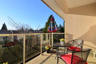Photo 13: 403 15340 19A Avenue in Surrey: King George Corridor Condo for sale (South Surrey White Rock)  : MLS®# R2353532