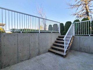 Photo 3: 3116 KINGS Avenue in Vancouver: Collingwood VE Townhouse for sale (Vancouver East)  : MLS®# R2569702