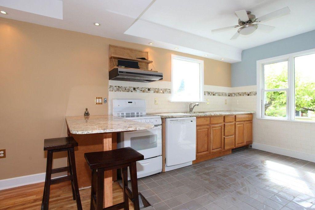 Photo 7: Photos: 1088 Sherburn Street in Winnipeg: West End Single Family Detached for sale (West Winnipeg)  : MLS®# 1414577