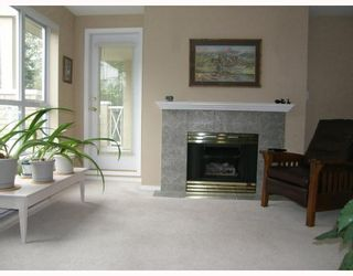 """Photo 5: 311 2559 PARKVIEW Lane in Port_Coquitlam: Central Pt Coquitlam Condo for sale in """"THE CRESCENT"""" (Port Coquitlam)  : MLS®# V730613"""