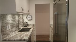 """Photo 9: 111 270 W 3RD Street in North Vancouver: Lower Lonsdale Condo for sale in """"HAMPTON COURT"""" : MLS®# R2199621"""