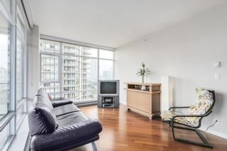 """Photo 3: 1001 6188 WILSON Avenue in Burnaby: Metrotown Condo for sale in """"JEWEL 1"""" (Burnaby South)  : MLS®# R2202404"""